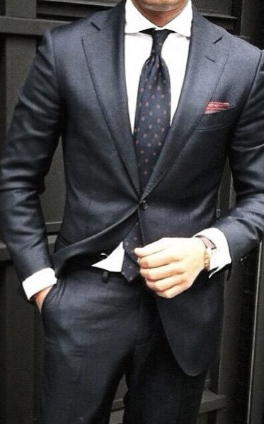 Male Fashion Ideas With Navy Blue Suit Style