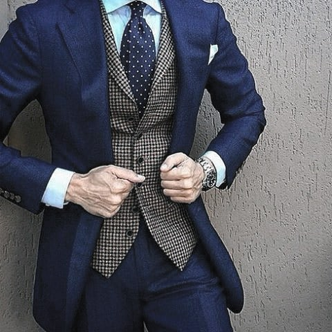 Male Looks Navy Blue Suit Style
