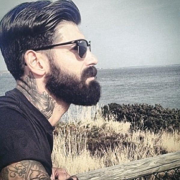 Male Medium Beard Style
