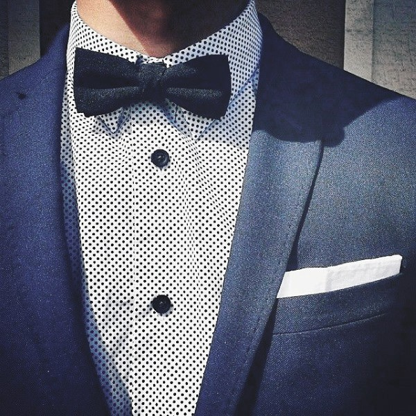 Male Outfit Ideas Navy Blue Suit Styles Small Dot Pattern Dress Shirt With Bow Tie