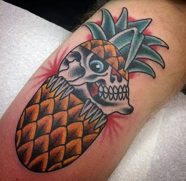 Male With Cool Pineapple Skull Traditional Leg Tattoo Design
