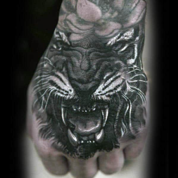 Male With Roaring Realistic 3d Hand Lion Tattoo