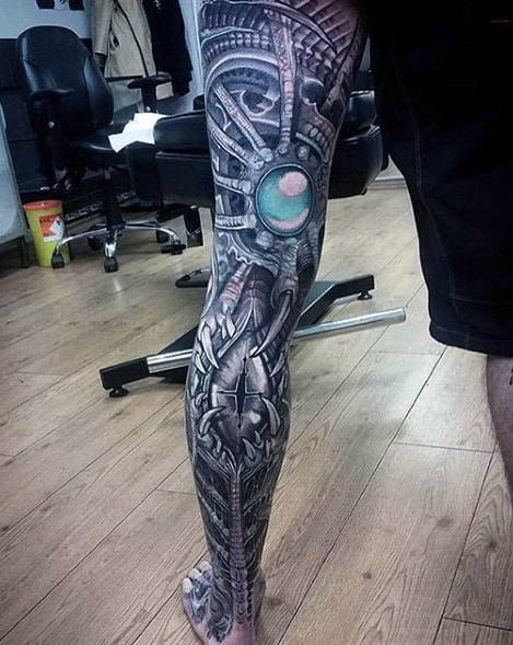 Man With Unbelievable 3d Mechanical Leg Sleeve Tattoo