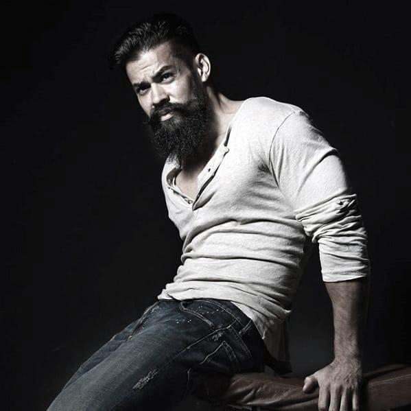 Manly Beard Style Idea On Man