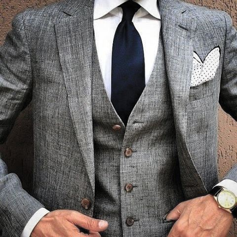 Manly Guys Grey Suit With Navy Tie And White Dot Pocket Square Fashionable Designs