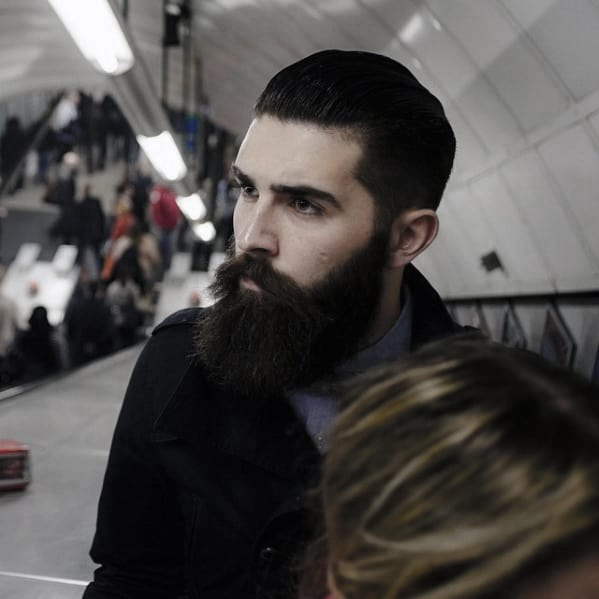 Masculine Nice Beard Styles For Guys