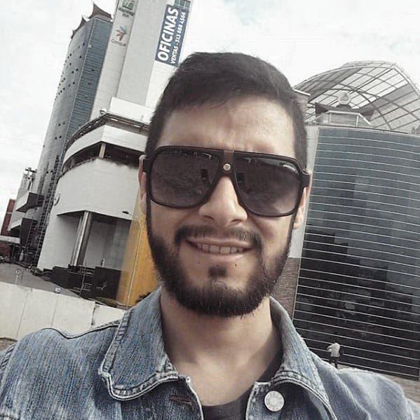 Masculine Short Beard Styles For Guys