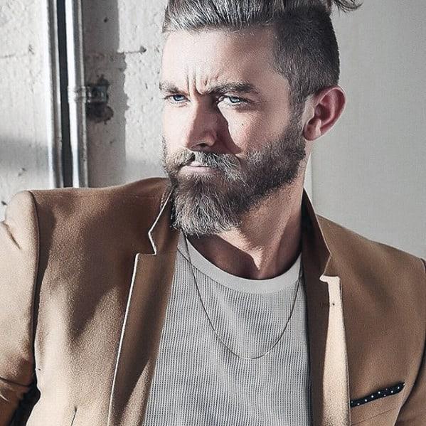 Medium Male Beard Style Ideas