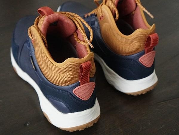 Mens Arrowood 2 Mid Wp Boots Heel Detail