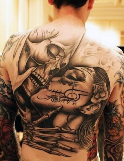 Mens Back Skull And Lady Romance Day Of The Dead Tattoo