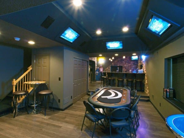 Mens Basement Man Cave With Poker Table And Bar Design