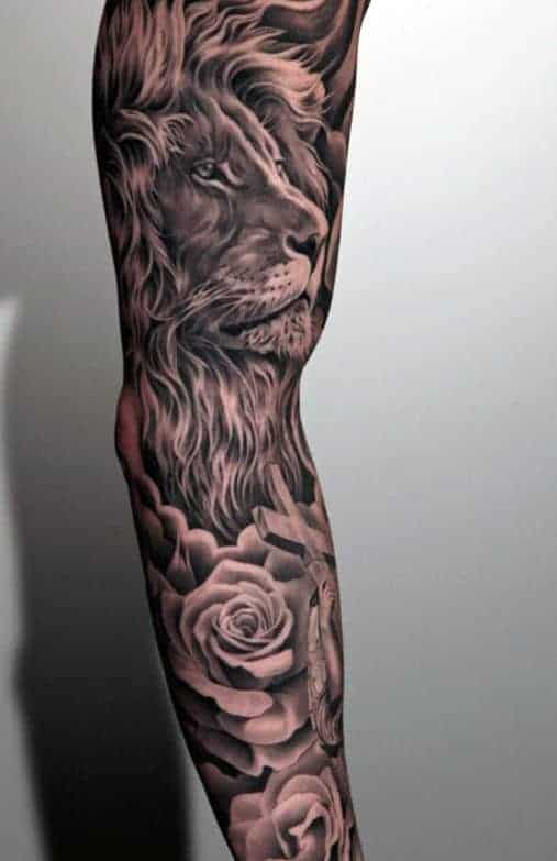 mens-cross-tattoos