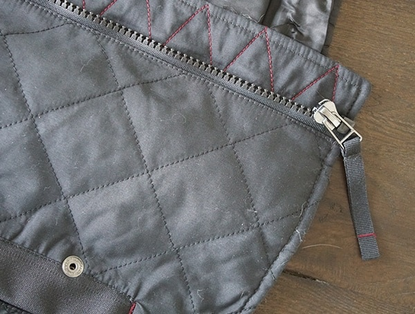 Mens Dakota Grizzly Vic Quilted Vest Chest Zipper Detail