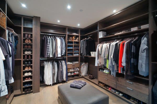 Mens Dressing Room Walk In Closet With Seat In Middle