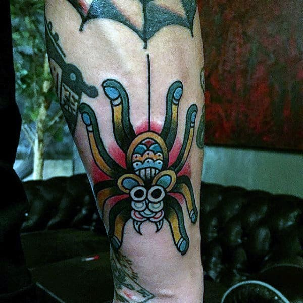 Mens Fantastic Spider Tattoos On Legs