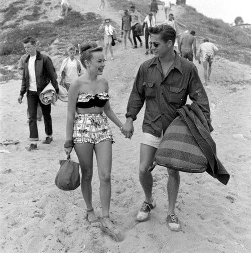 Mens Fashion In The 1950s Summer Beach Outfits