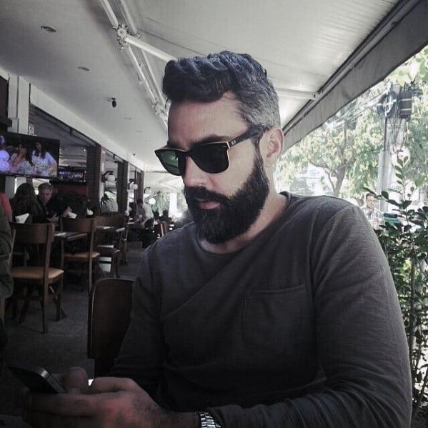 Mens Fashion Medium Beard Styles