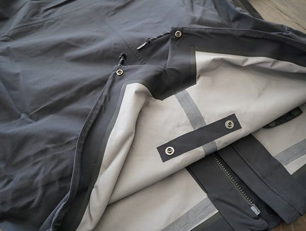 Mens Holden M 51 3 Layer Fishtail Jacket Hem Button Back
