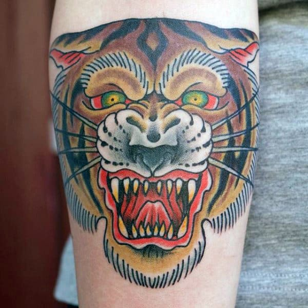 Mens Leg Traditional Tiger With Green Eyes Tattoo Deisgn