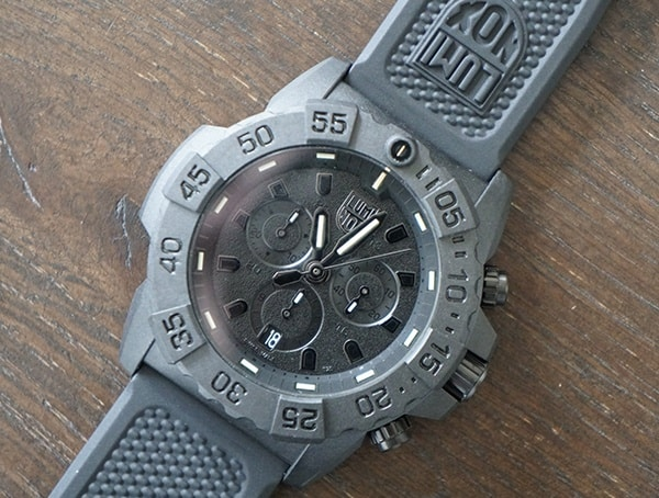 Mens Luminox Navy Seal Chronograph Watch With Tempered Scratch Resistant Mineral Crystal