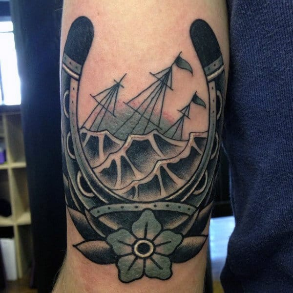 Mens Nautical Horseshoe Old School Arm Tattoo