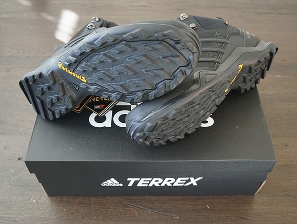 Mens Outdoor Adidas Terrex Swift R2 Mid Gtx Shoes
