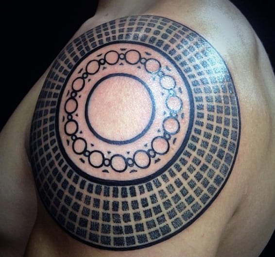 Mens Perfect Circle Geometric Shoulder Tattoo