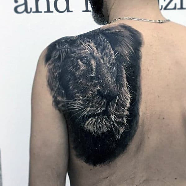 Mens Realistic 3d Lion Shoulder Tattoo