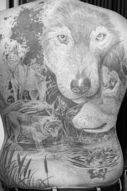 Mens Realistic Shaded Full Back Wolf Tattoo Design Inspiration
