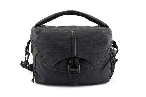 Men's Sachi Black Insulated Canvas Messenger Totes