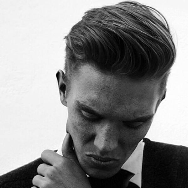 Mens Sleek Classic Hairstyle