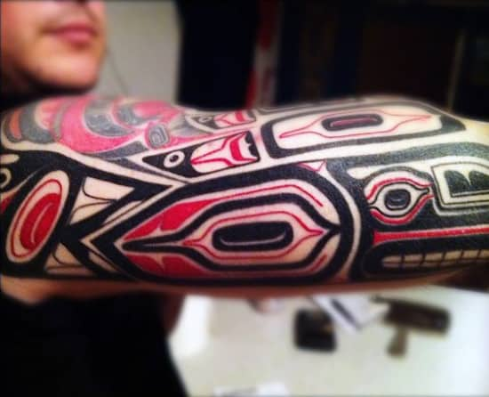 Mens Sleeves Amazing Red And Black Tribal Pattern Tattoo