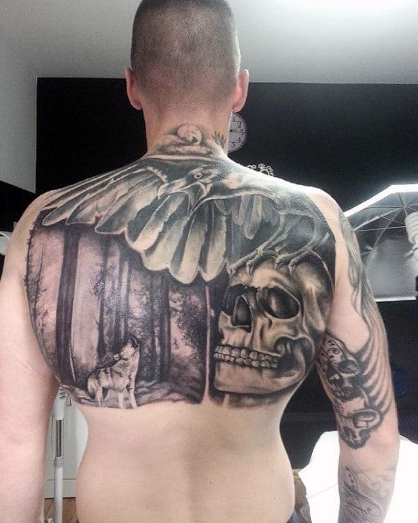 Mens Tatto Of Owl Wolf And Skull On Upper Back