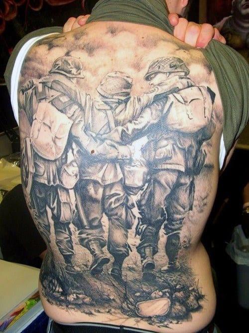 Tatuajes En La Espalda De Guerra Para Hombres