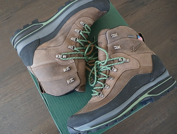 Mens Waterproof Made In America Hiking Danner Crag Rat Boot Top