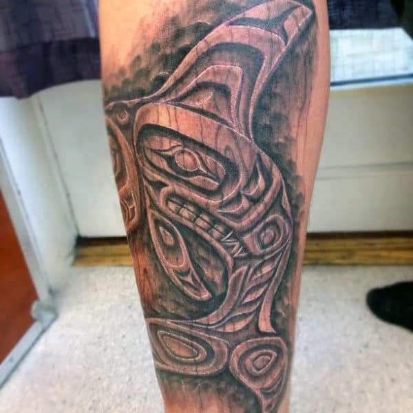 Mens Wood Carving Haida Figure Leg Tattoos