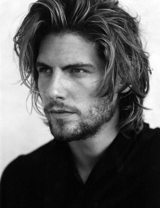 Messy Pushed Back Flow Hairstyles For Guys