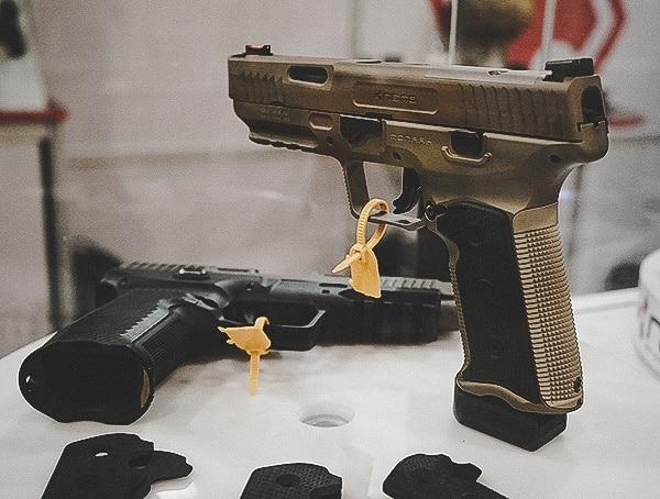Metal Frame Handguns Shot Show 2019 Black And Fde