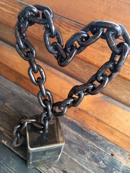 Metal Link Chair Decor In Heart Design Cheap Man Cave Ideas