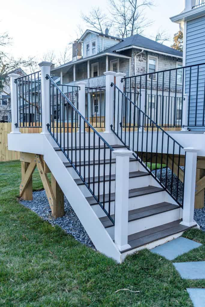 Metal Porch Railing Ideas 3