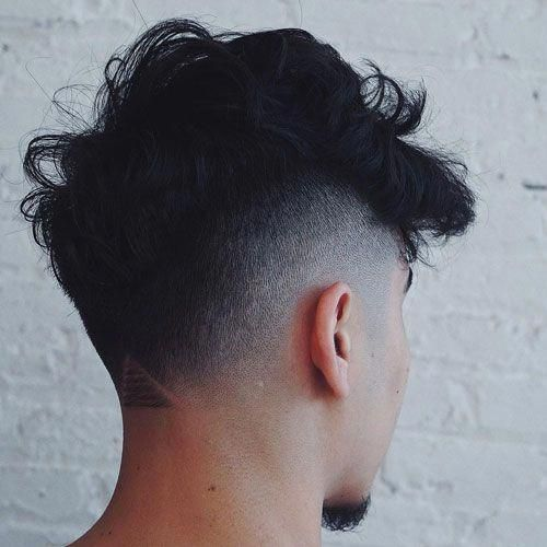 A Mohawk paired with a mid-fade
