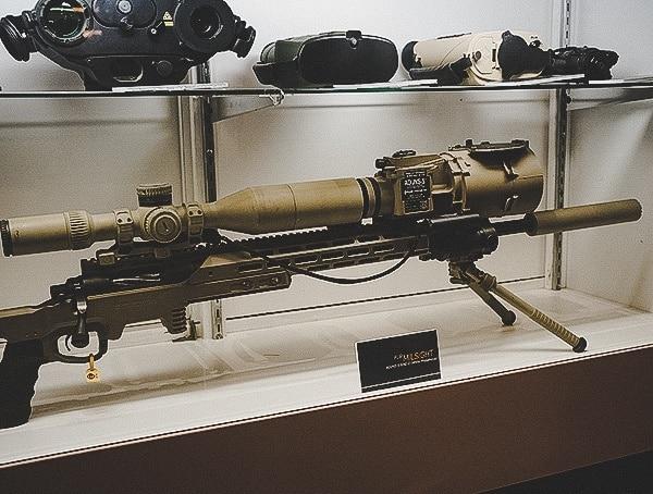 Military Electronic Enhanced Optics For Scope