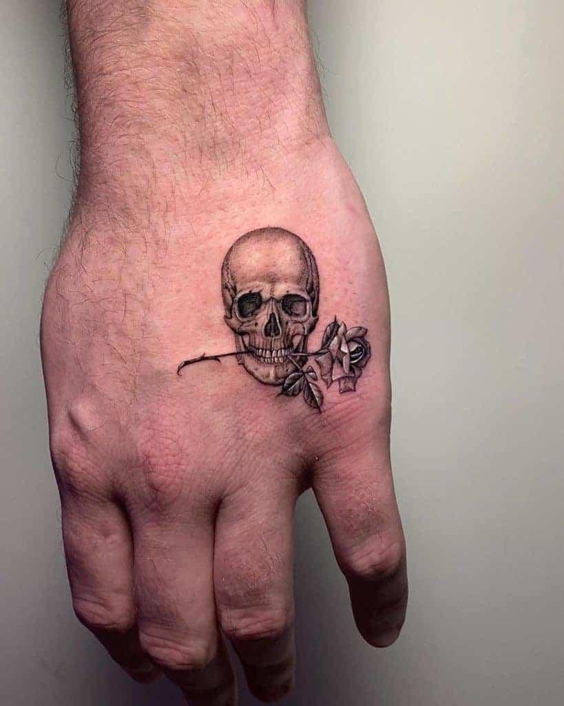 mini-hand-skull-and-rose-tattoo-1229×1536