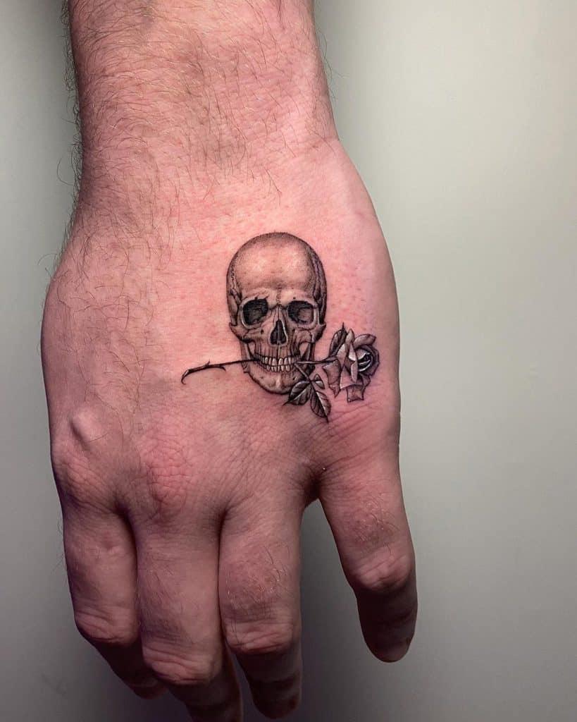 nextluxury hand 2 rose with stem tattoos