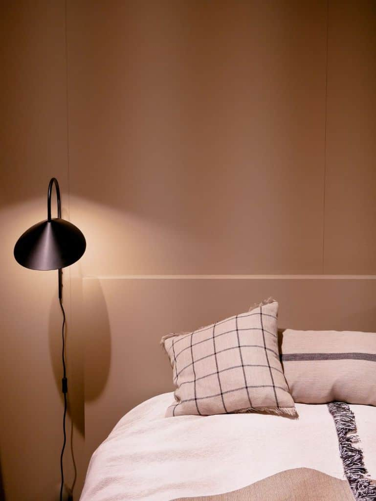 Minimalist Bedroom Lighting Ideas 1