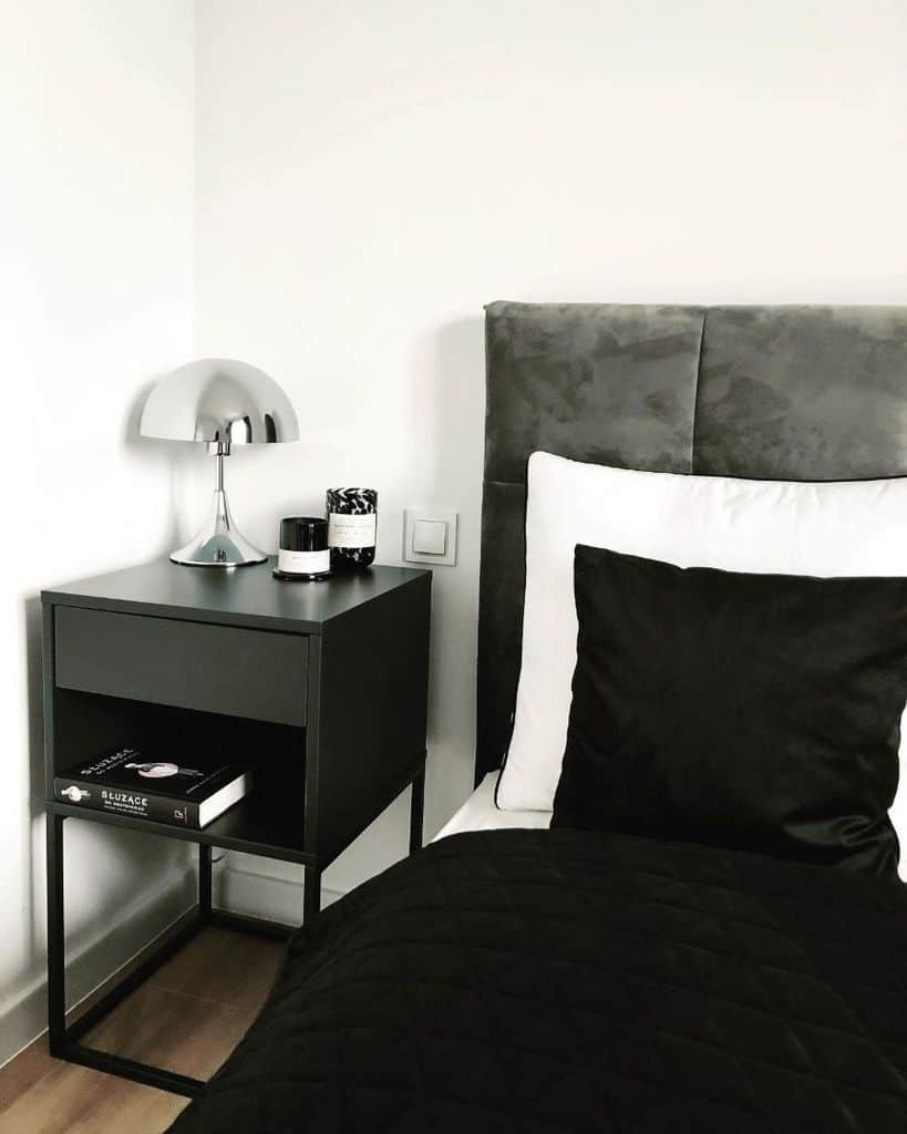 minimalist black and white bedroom ideas myinteriormy