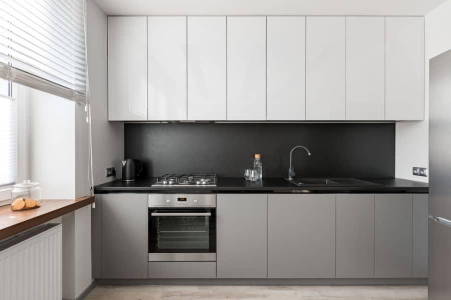 Minimalist Black And White Kitchen 4