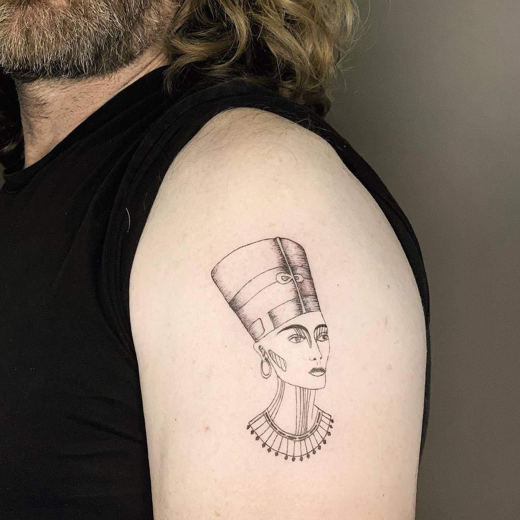 Minimalist Nefertiti Tattoos Rotem.art.tattoo