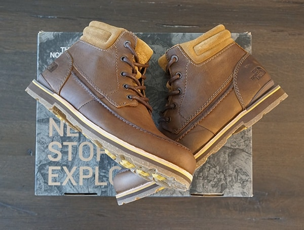Moc Toe Stiching The North Face Bridgeton Mens Chukka Boots Side