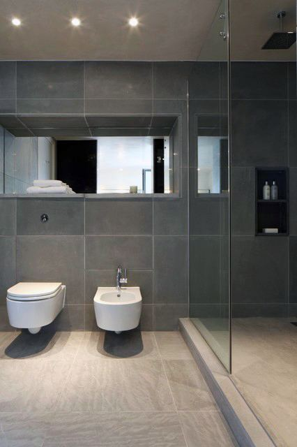 Bathrooms With Tile Showers